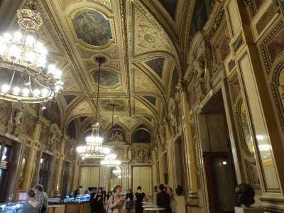 音楽を聴きにウィーンへ (オペラ座のシュベントホワイエの14名の作曲家)