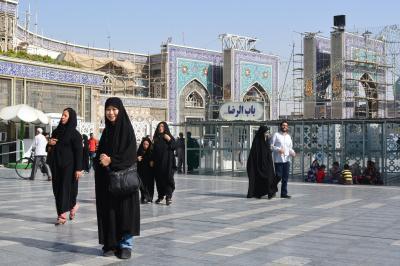 バスと列車で巡る足かけ25日間ペルシャの旅①・・・マシャド編