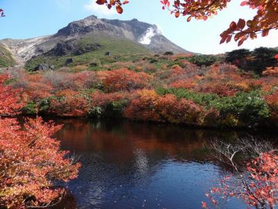 紅葉の那須 茶臼岳をトレッキング