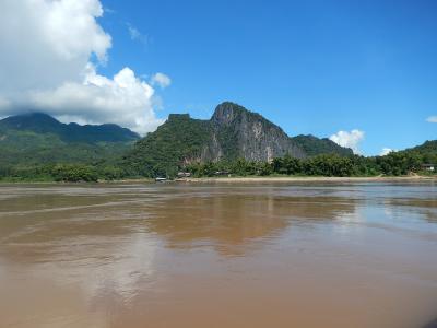 ラオス・タイ2014旅行記 【3】ルアンパパンおよびその周辺3(パークウー洞窟)