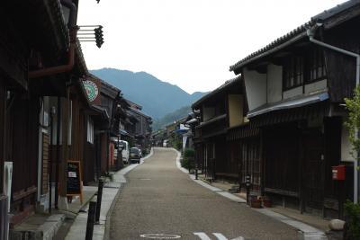数少ない東海道の町並が残る関宿は、鈴鹿の山裾に開けた宿場町
