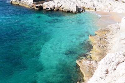 マルセイユ旧港からたった30分でこんな綺麗な海 ★ フリウル島 Frioul