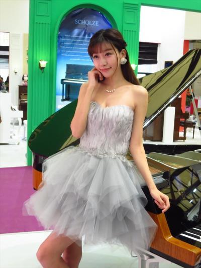 秋の上海04★楽器よりも美女に目が…?中国(上海)国際楽器展覧会