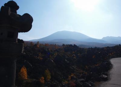 最高のドライブコースの鬼押ハイウェー、浅間山の溶岩が間近で見られる鬼押出し園/群馬・吾妻、長野・北佐久