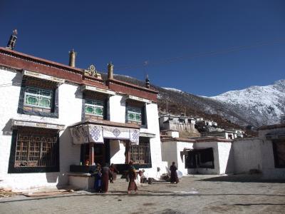 巡礼者で賑わう冬のチベット(2) ラサ郊外