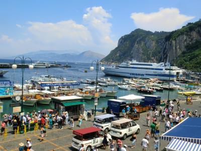 イタリア縦断の旅 9日間⑤ (ナポリ、カプリ島、青の洞窟、アマルフィ海岸)
