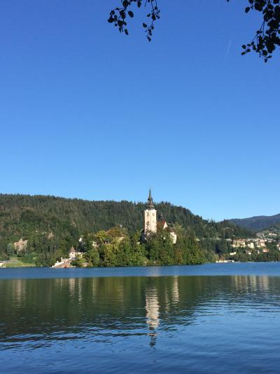 夏の終わりのクロアチア、秋の初めのスロベニア④秋晴れのブレッド湖、期待以上のポストイナ