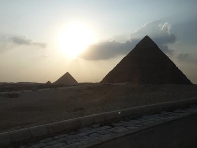 ギザ・女王のピラミッド