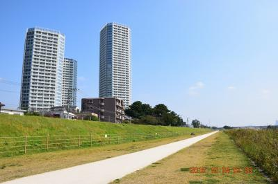 【東京散策40-1】 地下巡路がある玉川大師と自然環境と調和したお洒落な街並みの二子玉川