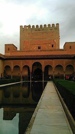 女性一人でもOK、ツアーで巡るスペイン・ポルトガル10日間 その6 アルハンブラ宮殿