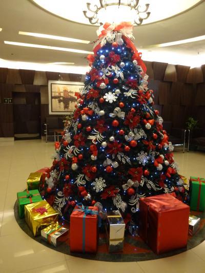 乾季と雨季しかない比国ではクリスマスは、唯一季節感をくれる聖祭です♪ − 11月 2015年