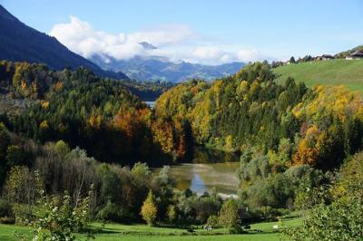 スイスも紅葉の季節【スイス情報.com】