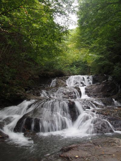 軽井沢・草津温泉の旅(7) 滝メグラーが行く166 旅の締めはやっぱり滝めぐり お手軽な浅間大滝と魚止の滝