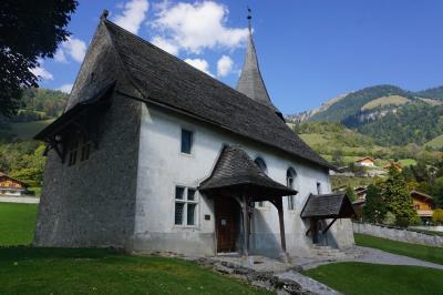 スイスの小さな教会・ロシニエールにて【スイス情報.com】