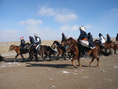 残雪の内モンゴル!フェリーで行く中国乗馬の旅