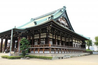 融通念仏宗総本山の大念佛寺に参拝してから、和宗総本山の四天王寺さんへお参り。その後七五三で賑わう住吉大社へ。