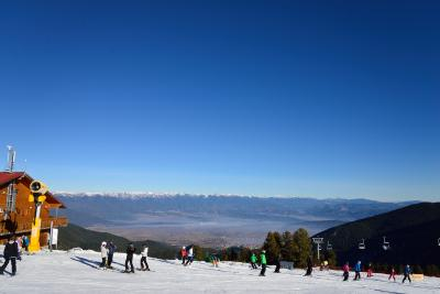 奥東欧のスキーリゾート(バンスコー・ブルガリア)