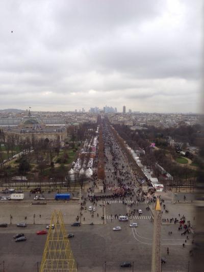 2015-2016の年越しはパリで2 元旦のシャンゼリーゼは歩行者天国