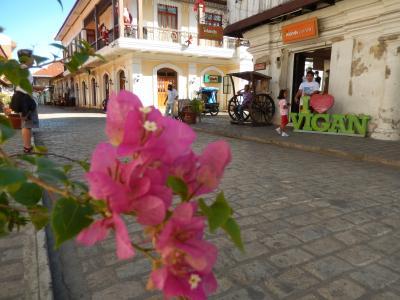 ?. スペイン様式の町並みが残るビガンへ