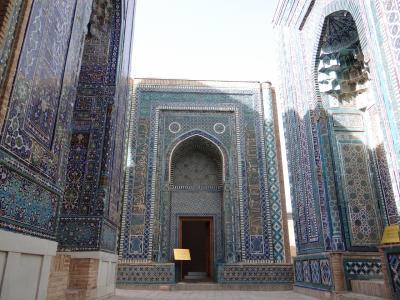 ウズベキスタン(2014年夏 5日目)サマルカンド <旅の強者たち>