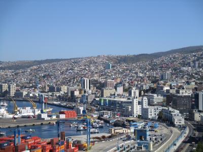 チリ旅行-3;バルパライソ(落書きが文化の街)