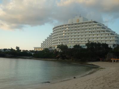 万座ビーチホテルでゆったり。
