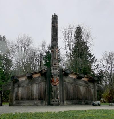 2015.12バンクーバー学会旅行6-UBC MOA3 野外展示,バンクーバー美術館(Vancouver Artgallery)