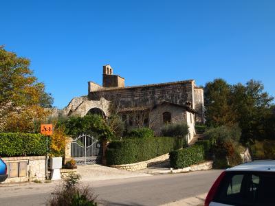 アブルッツォ州とモリーゼ州の旅 サン・ジョヴァンニ・アド・インスラム教会(Chiesa di San Giovanni ad insulam)