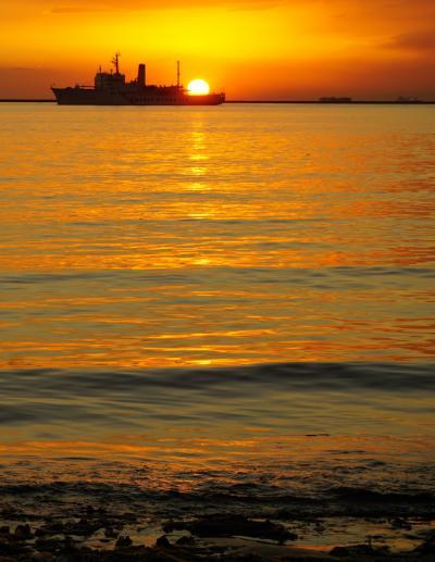 フィリピン1 (イントラムロスとマニラ湾の夕陽)