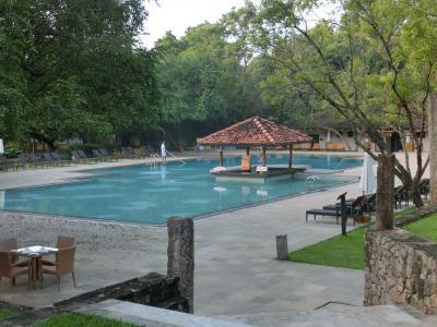 ダンブッラ アマヤレイクホテル滞在記 < 光輝くスリランカの旅 2~4日目 >