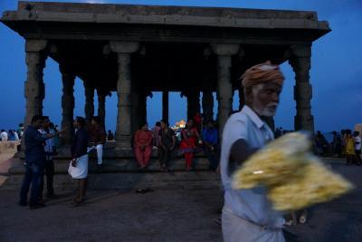 中年★女子パッカーのインド最南端での禊沐浴②