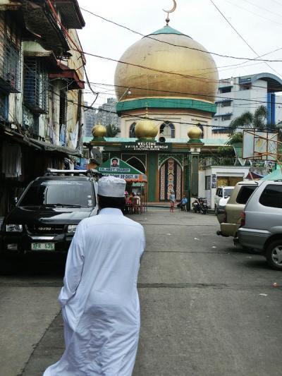 マニラの回教寺院 Golden Mosque を訪ねて − イスラム教の世界を垣間見る