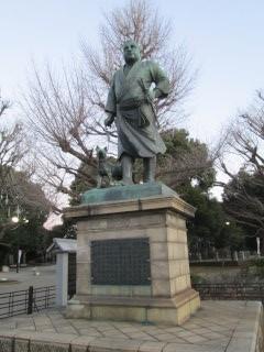 早朝の湯島~上野公園