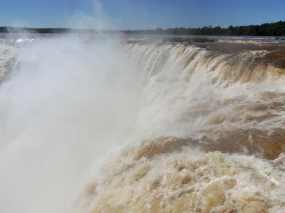 イグアスの滝 (悪魔の喉笛)