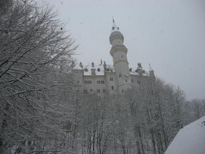 雪に埋もれたノイシュバンシュタイン城~ヴィース協会~ランツベルグのクリスマスマルクト