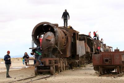 南米・ボリビアの旅-2 「列車の墓場」・・旅いつまでも・・