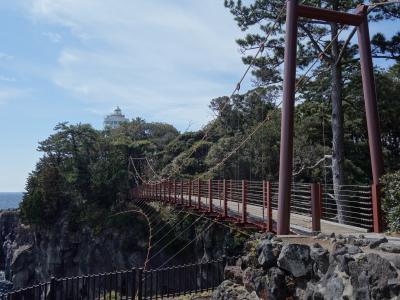 門脇吊り橋は風が強かった。帽子を飛ばされた。崖下に飛ばされなくてよかった。
