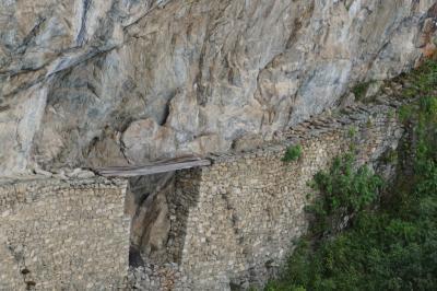 マチュピチュ遺跡よりも驚いたスリル満点の「インカ橋」