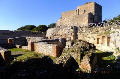 Villa Jobis? 2016/01/10-02/12 自分の為のメモランダム: Naples,Ischia,Capri,Rome,Frascati,Firenze