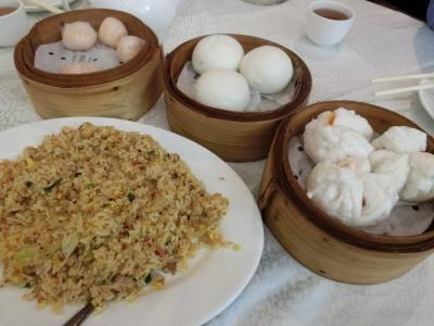 自分で自分に誕生祝(笑)の香港旅 4日目(洋紫荊花見、友人一家と飲茶&誕生祝、夜景など)