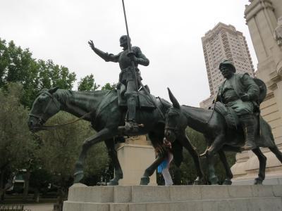 世界一周のたび4 2015年5~6月 マドリード市内(スペイン広場、プラド美術館、王宮、アルムデナ大聖堂 、マヨール広場)