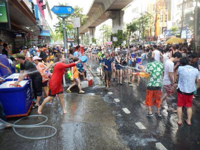 水かけ祭り、ソンクラーン2016!