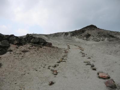 3度目の神津島 天上山に登る