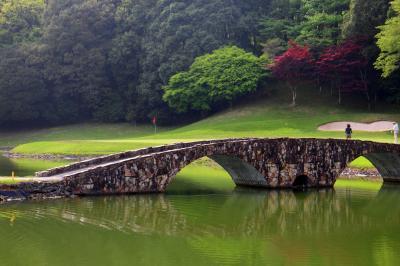 1984年・第1回ゴルフ世界選手権開催コース/千葉県・オーク・ヒルズカントリークラブでかっての仲間達とプレー