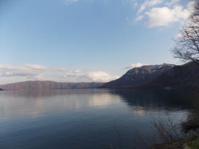 十和田湖の春