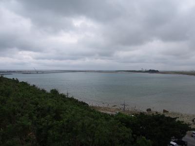 [梅雨の那覇] 雨の日でも楽しいよ。一人で気ままにテクテク歩く♪温泉入って食べて沖縄を学んで~オマケに銀座で4トラ女子会