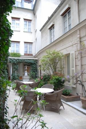 Paris * ホテル・ダングルテール