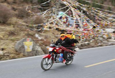 豪華、カンゼ・チベットの旅 8