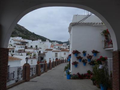 スペインを見て廻る旅~その11 ※アンダルシアを代表する白い村・ミハスへ o(^-^)o