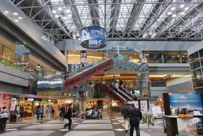 2016春、花と新緑の道東巡り(25/26):5月30日(5):十勝展望台、昼食のレストラン、新千歳空港へ